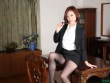 HITOMI 美熟女教師の本当に欲しいモノ